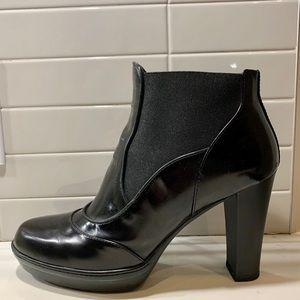 SALE-Tod's platform, block heel leather ankle boot